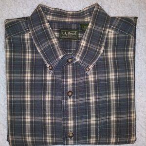 LL Bean Men's Lg Button Down Long sleeve